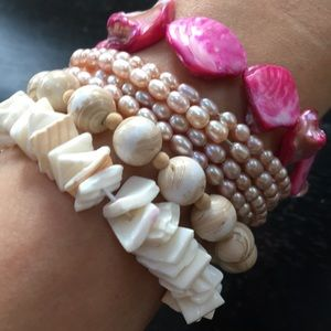 Jewelry - 💕Four cream and pink pearls & shells bracelets